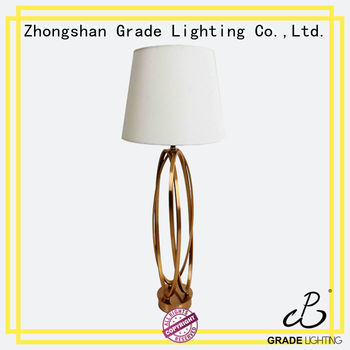 Modern natrual brass accents and brushed finish & round white silk fabric hotel table lamp/desk lamp